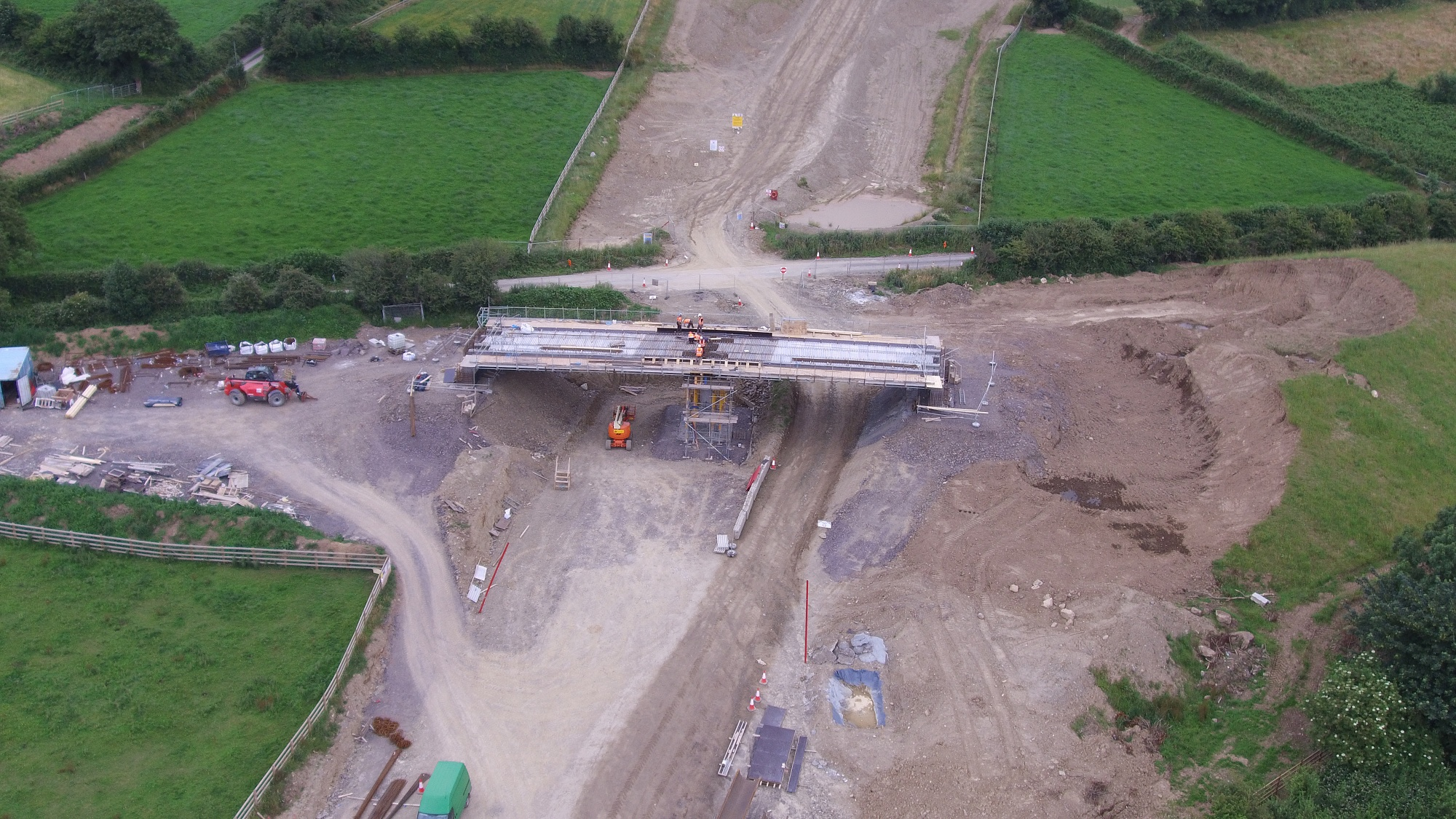 90de717c522b9 Update 27/07/2017: Pictures have been put up on the N25 New Ross website  showing progress on structures and earthworks. Of particular interest are  these: ...
